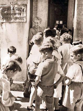 Escuela Suiza. Kindergarten, Preparatoria y Humanidades, 1950. Fuente: www.origin.swissinfo.ch/spa